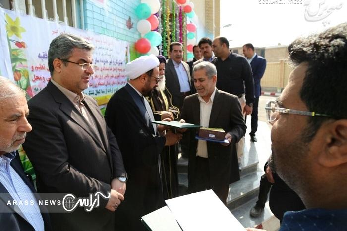 تقدیر و تشکر نماینده مردم شادگان از مدیرکل نوسازی مدارس خوزستان