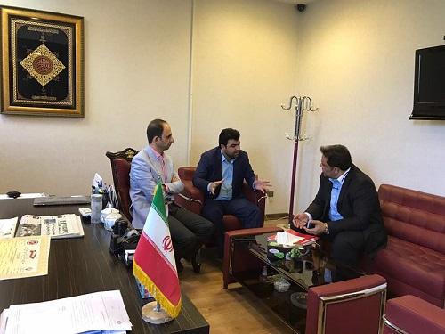 رییس فدراسیون ورزش های رزمی با سرپرست جدید هیات رزمی خوزستان : رشد و گسترش ورزش رزمی در خوزستان اهمیت بسیاری دارد