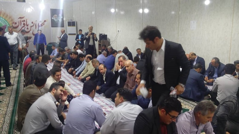 استقبال چشمگیر روزه داران عزیزازمحفل انس باقرآن هیئت شهید بهنام محمدی+تصاویر