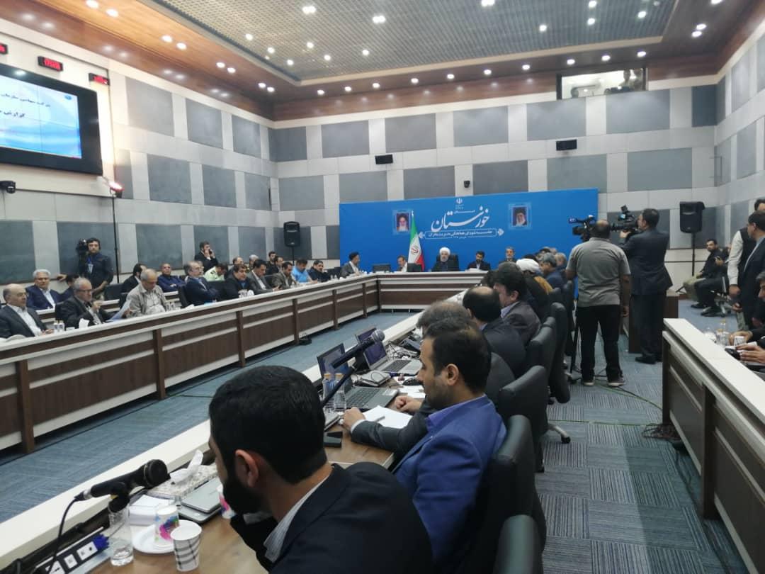 نشست شورای مدیریت بحران خوزستان با حضور رییس جمهوری آغاز شد